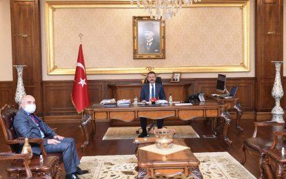 Kocaeli İl Kültür ve Turizm Müdürü olarak atanan Fatih Taşdelen resmen göreve başladı