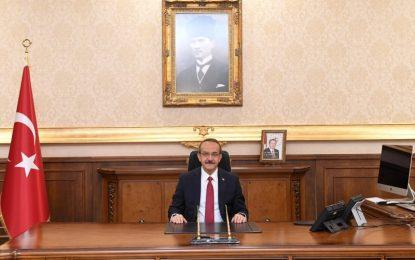 Vali Yavuz; İlimizde Geçmişte Görev Yapan Valilerimize Birer Mektup Göndererek Teşekkür Etti