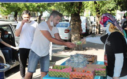 İzmit Belediyesi gençleri bugün de yalnız bırakmadı