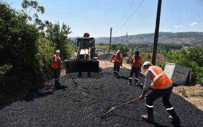 İzmit Belediyesinden Karadenizliler Mahallesi'ne yepyeni asfalt yol