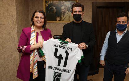 """Amatör spor kulüplerinden Başkan Hürriyet'e malzeme teşekkürü Hürriyet, """"Desteklerimiz seneye de devam edecek"""""""