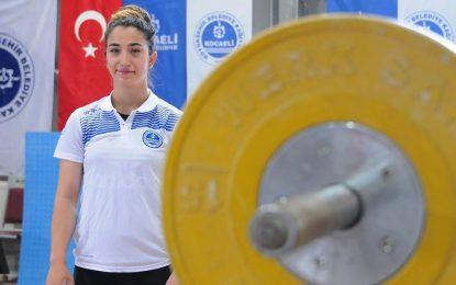 Berfin Avrupa yolcusu  Yeni madalyalar için hazırlıklarını sürdürüyor
