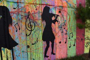 İzmit'in gri duvarlarına renk geliyor