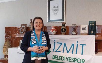 """Başkan Hürriyet, İzmit Belediyespor'a Avrupa serüveninde başarılar diledi """"İzmit'in Perileri herkese yeter"""""""