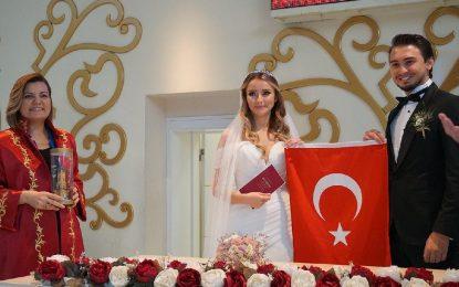 İzmit Belediyesi 2 bin 132 çifti ücretsiz evlendirdi