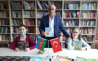 Çocuk Yazarlardan İmza Günü
