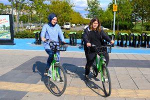 Bisikletlere verilen zararlar kent sakinlerini ma�dur ediyor